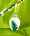 4 cm Osterei mit grünen Perlhuhnfedern